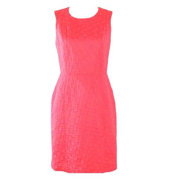 989da2df68f2 Banana Republic Dresses & Skirts - Banana Republic Pink Textured Sheath  Dress Size 6